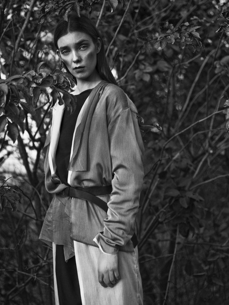 Modelka: Estera Kos Projektantka: Joanna Organiściak Foto: Marzena Kolarz