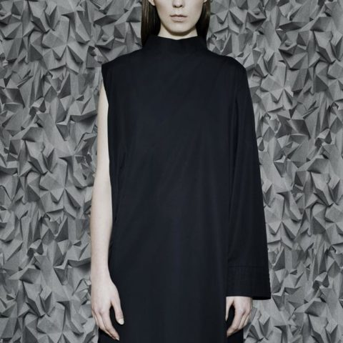no. 4 sukienka z plisowaniem